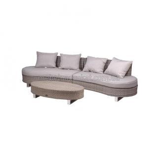 Ротанговый диван полукруглый